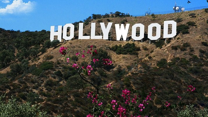 Picture of famous Hollywood sign